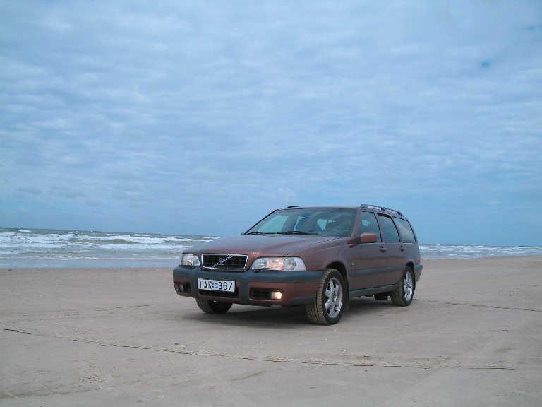 1997-2000-volvo-v70xc-009