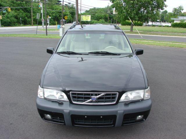 1997-2000-volvo-v70xc-016